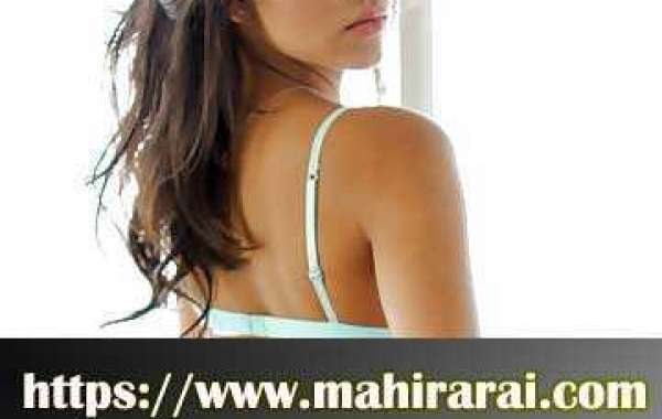 How do College Girls in Hyderabad divert you for total hours?