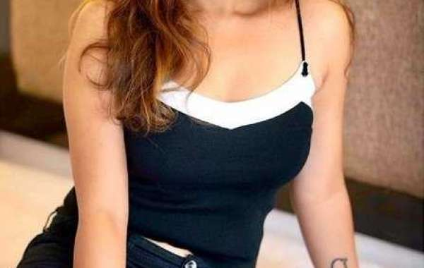 Kriti Soni  will engage you in wild plays with Delhi Call Girls