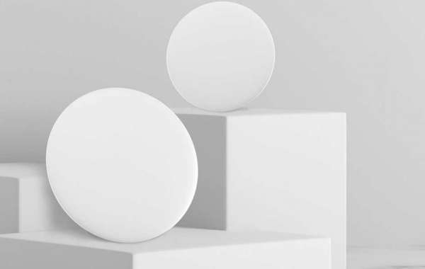 Control the light in your house by voice with this Yeelight lamp