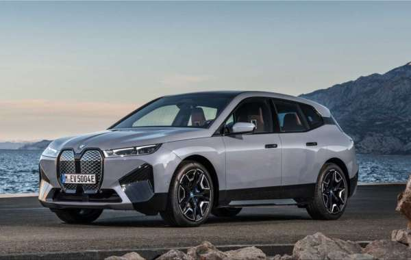 The new BMW iX electric SUV from 100,000 euros