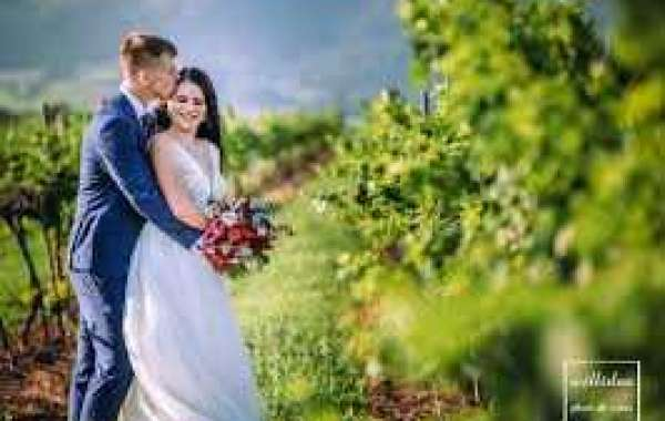 Well Known Wedding Photographer in Toowoomba summary